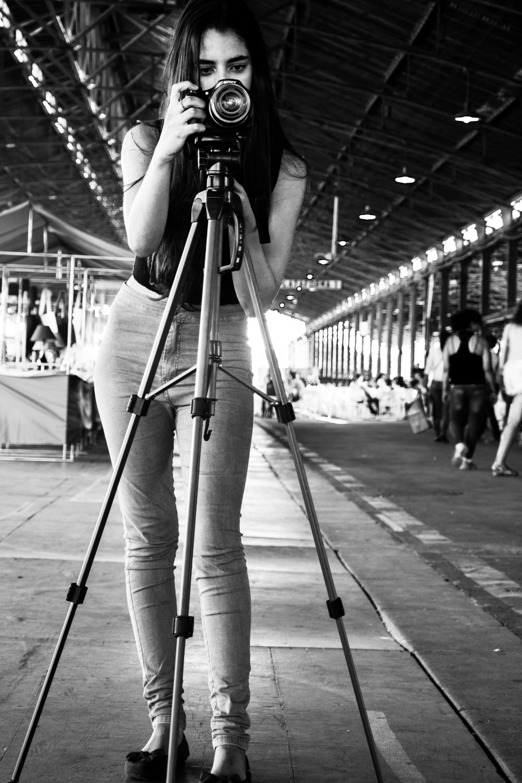 15 Fotógrafa-modelo em Ação. Estação Cultura. Campinas. PS. 18Jun16