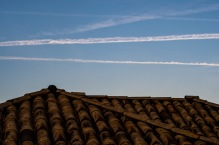 Montanhas, e telhado na sombra Carmo do Rio Claro. (5) Jan19-1
