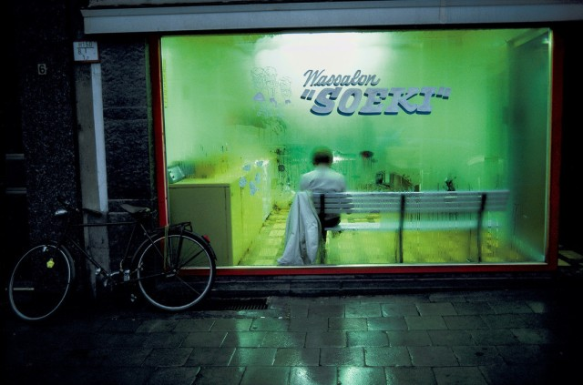 BELGIUM. Flanders region. Town of Antwerpen. 1988. Launderette.